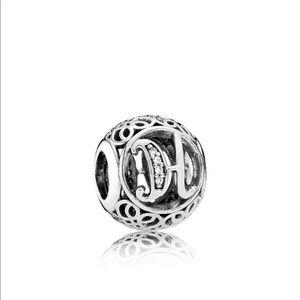 Pandora vintage initials : Q, T, I, H, F, Y, Z